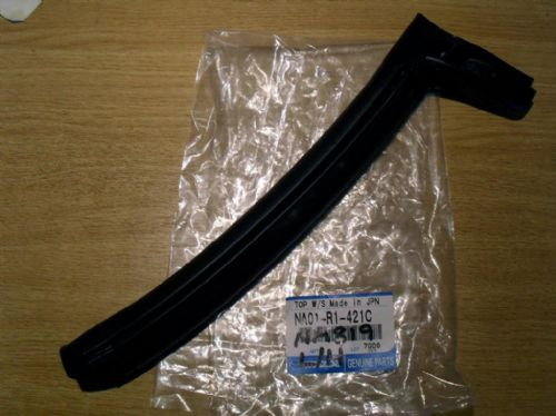 Soft top side seal, left, front, Mazda MX-5 mk1, NA01R1421C, NEW